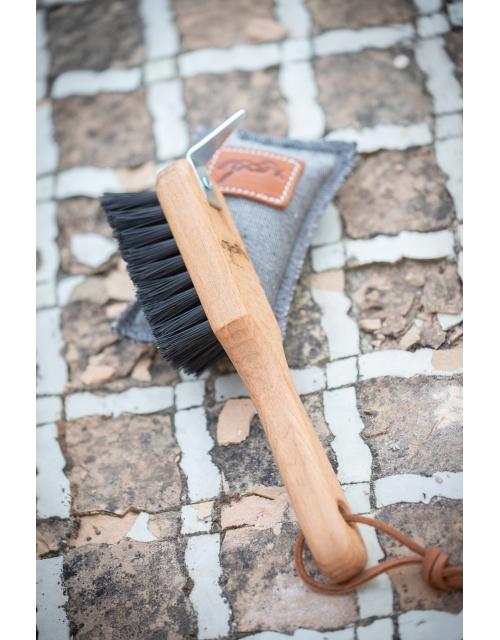 Cure-pieds brosse en bois pénélope-store